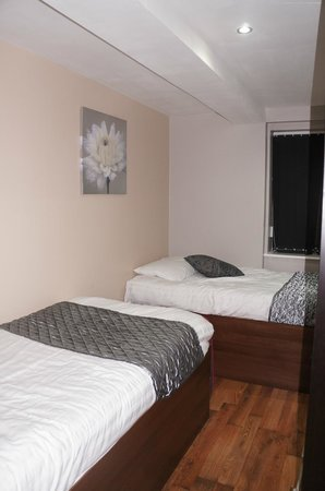 Printworks Apartments: Second bedroom