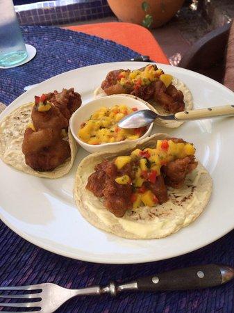 La Quinta Troppo : Shrimp tacos