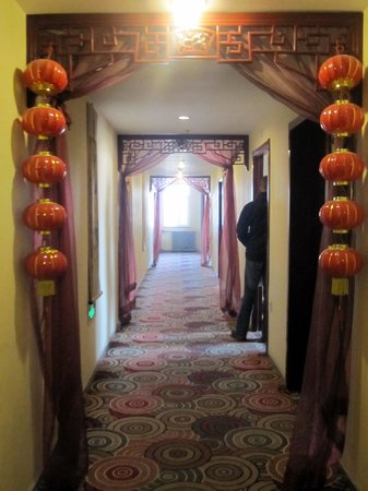 Traditional View Hotel : Hallway