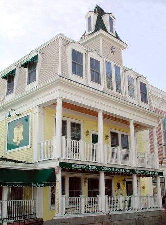 Crown and Anchor Inn: getlstd_property_photo