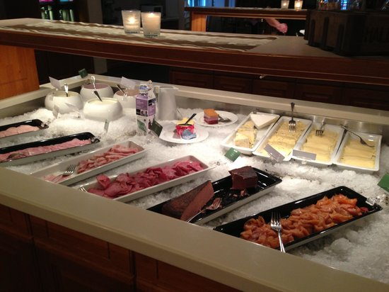 Quality Hotel Sarpsborg: Breakfast selection