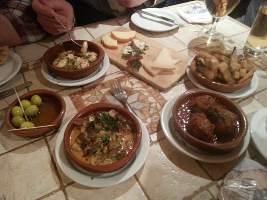 Los Gatos: a small selection of the tasty tapas