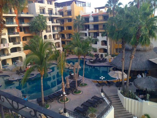 Marina Fiesta Resort & Spa: Living Room Corner Balcony - Pool View