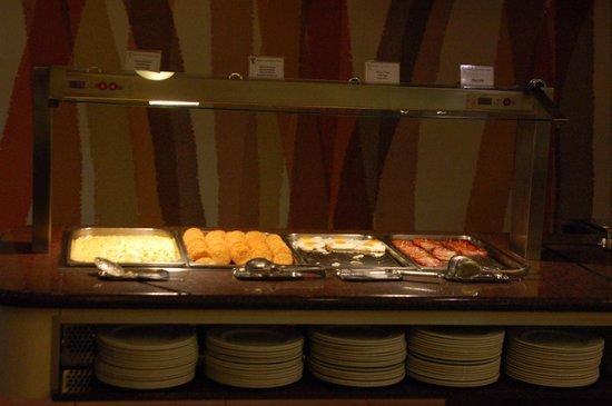 Hotel RH Corona del Mar : Typical hot breakfast sprread