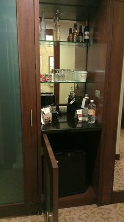 Mexico City Marriott Reforma Hotel: Minibar