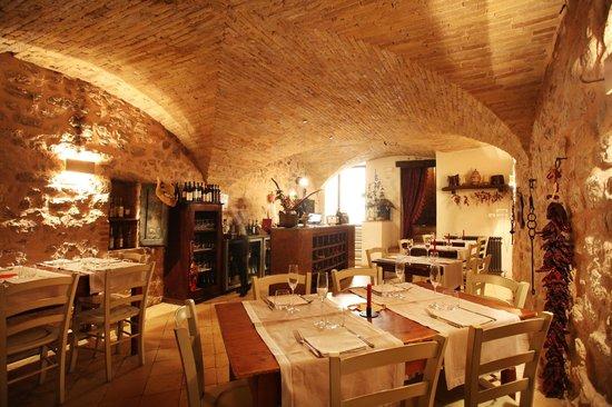 Taverna del Sette: La sala del bancone