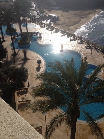 Radisson Blu Resort & Spa, Malta Golden Sands: Pool veiw