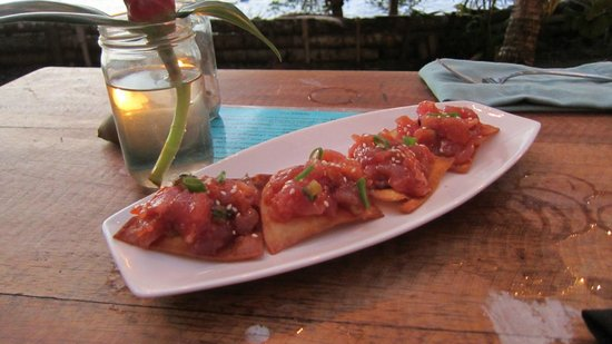 The Firefly Restaurant & Bar: Tuna Tartar