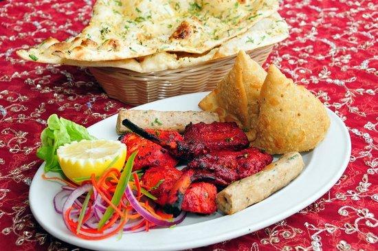 Magic of India Restaurant: Mixed Entree Platter