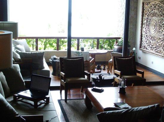 Andara Resort and Villas: Living room view