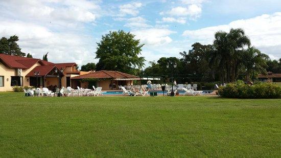 San Ceferino Hotel & Spa: Vista de complejo de piscinas y servicios relacionados