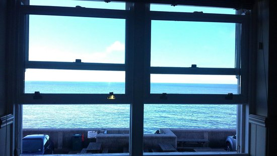 The Cricket Inn: Fabulous sea views - February 2014