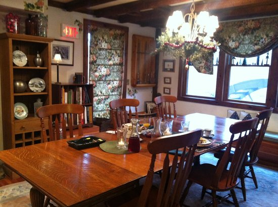 Glenwood Mill Bed & Breakfast: Dining room