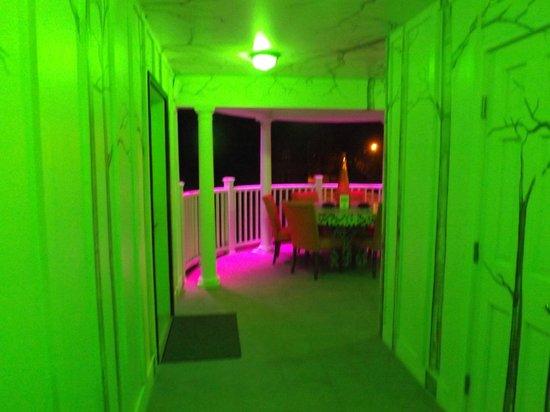 The Roxbury, Contemporary Catskill Lodging: Roxbury at night