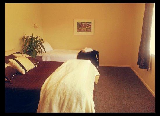 Pancake Lodge - TEMPORARILY CLOSED: Lots of sleeping space