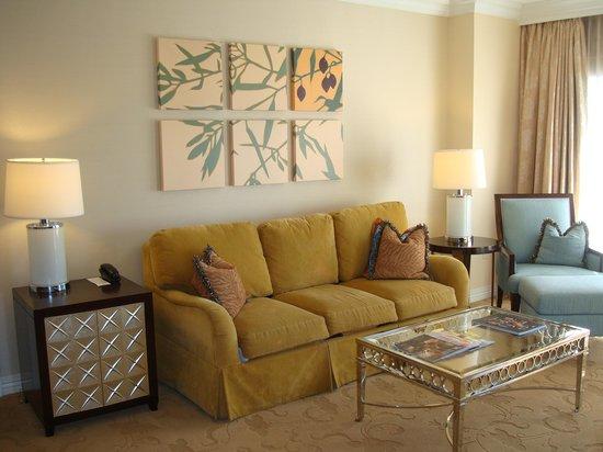 Waldorf Astoria Orlando : Suite living room
