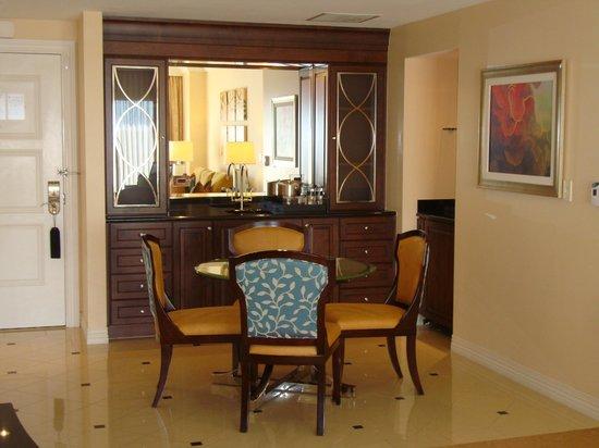 Waldorf Astoria Orlando : Suite dining area