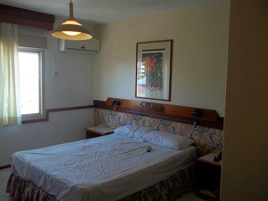 호텔 수와레즈 캄포 봄