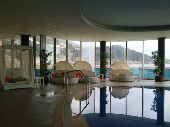 Rixos Hotel Libertas: Pool area