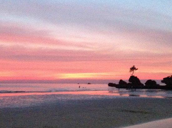 WaterColors Boracay Dive Resort: The fantastic sunsets