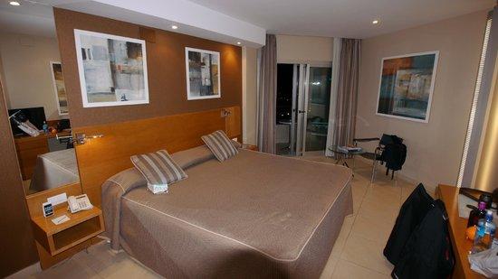 Hotel Spa Porta Maris & Suites del Mar : Nice room