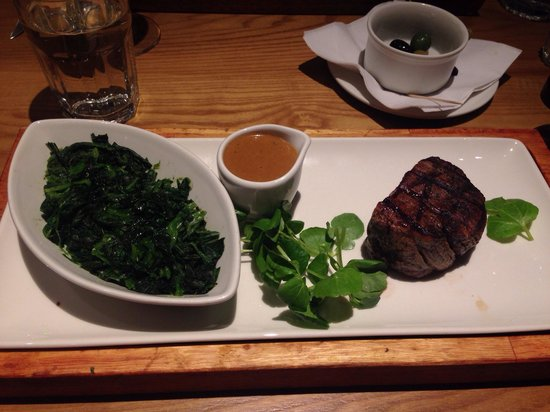 Cafe Rouge - Brindley Place: Filet steak & spinach