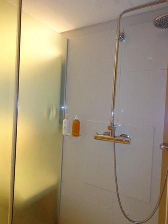 Casa Calma Hotel: Chuveiro