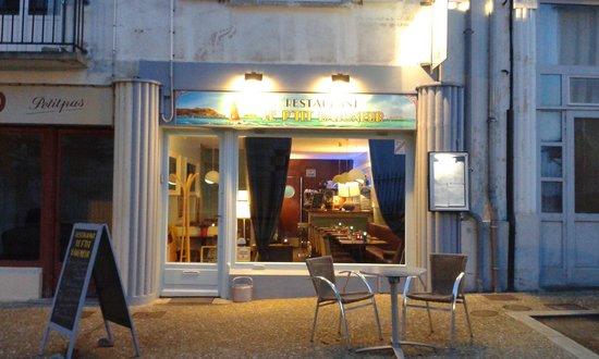 Le P Tit Baigneur : extérieur du restaurant