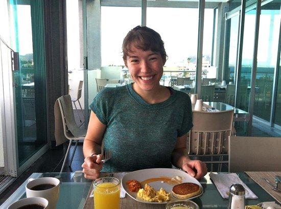 Seven Crown Malecon: Breakfast