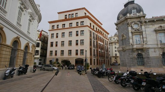 NH Cartagena: Percfect location i center of city