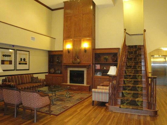 Country Inn & Suites by Radisson, Doswell (Kings Dominion), VA: Lobby