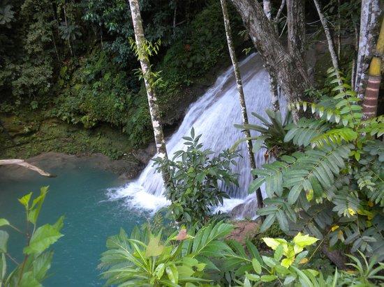 Liberty Tours Jamaica - Day Tours: main falls