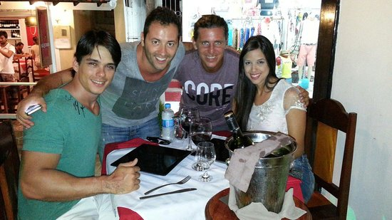 Lounge Bar Ponto G Restaurant: Cristian o Dono do restaurante e José o proprietário da pousada Aquarela. Carisma e Simpatia pra