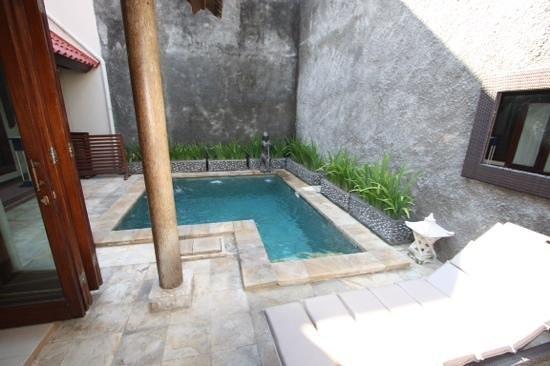 Kuta Luxury Villas - Turquoise Villa: plunge pool