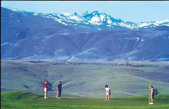 Frackelton's: Campo golf Sheridan