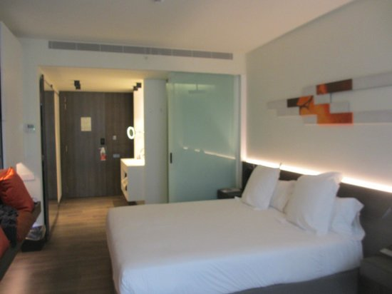 Hotel Olivia Balmes: Bedroom