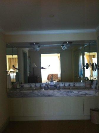 The Ritz-Carlton, Cancun: Oceanfront Suite 8053