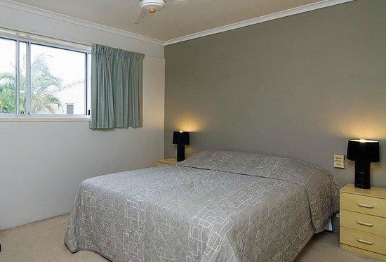 Noosa Gardens Riverside Resort Sunshine Coast : queen beds