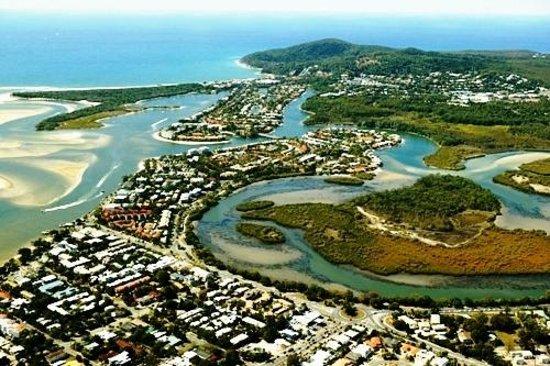 Noosa Gardens Riverside Resort Sunshine Coast : Noosa's pristine waterways