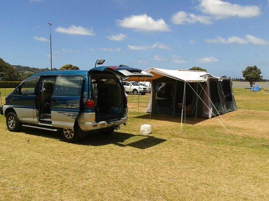 Whangateau Holiday Park: Campsite