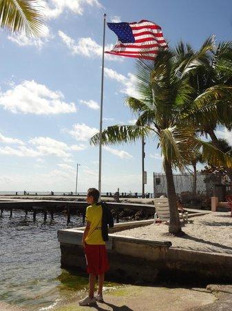 Sands of Islamorada: Meu filho e a bandeira americana!