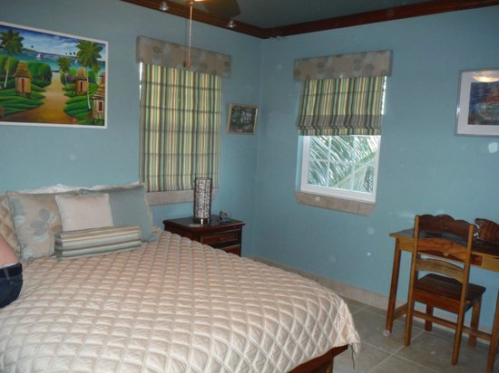 The Landings at Tres Cocos: Master Bedroom/One Bedroom BL9