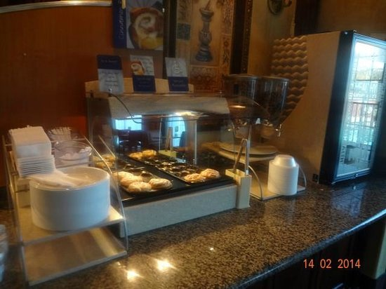 Holiday Inn Express El Centro: Breakfast