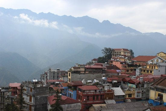Sapa Paradise View Hotel: View from 4th floor