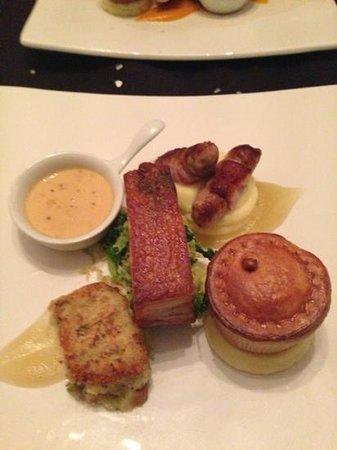 Porto Restaurant: wonderful Porto Pig :-)