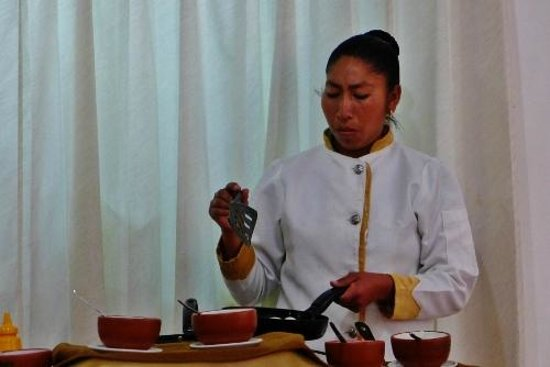 Intiqa Hotel: Egg chef