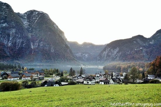Appartment Elisabeth Stadler: Obertraun with Hallstatt in the background