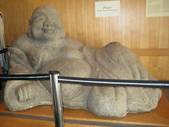 Morikami Museum & Japanese Gardens : Buddha display inside
