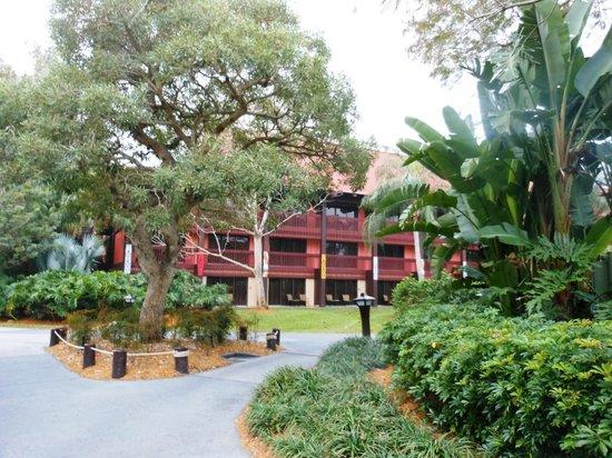 Disney's Polynesian Village Resort: grounds
