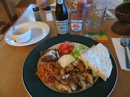 Blue Moon Restaurant: The Fajitas del Mar plate (with Belikin Beer)